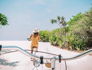 Spice Island Beach Resort Splash Page Image 4